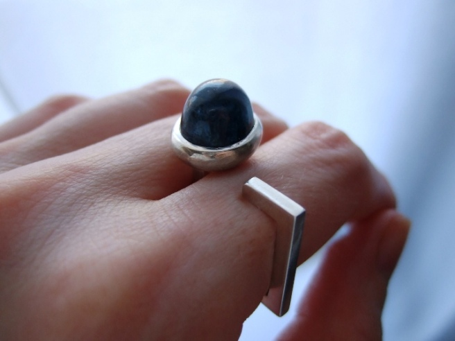 Finished square ring