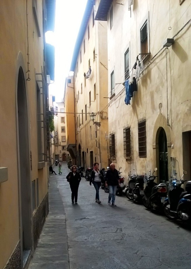 Via Toscanella